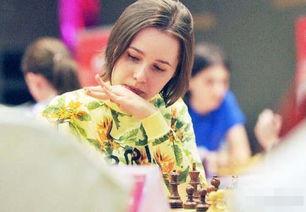 爸爸还是国际大师.由于父母平日里的工作就是在国际象棋学校教棋,...