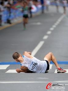 美艾人体艺术-...在这项挑战人类身体极限与意志力的比赛中上演了最惨烈的一幕,多...
