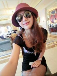 上也有消息称,陈露曾经是上海小将田雨晨的女友,据悉二人相恋多年...