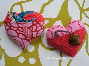 手工制作心形香包 布艺心形礼物袋diy教程
