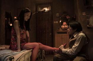 近日,曾出演《一路向西》的女星莫绮雯曝光了一组她出演的最新电影...