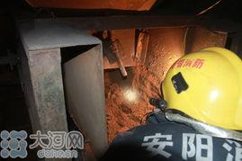 """厂发生粉碎机""""吞人""""事故,一名花甲老人在向土块粉碎机中加土时不..."""