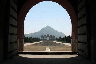 帝国基地在清朝-风水 大清国万年吉地风水宝地