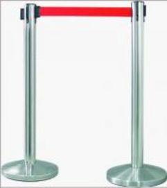 威海不锈钢伸缩隔离柱 护栏带 围栏杆 银行一米线-桃型柱护栏厂家