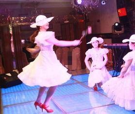 ...秘中国夜场里的朝鲜美女 面庞精致能歌善舞