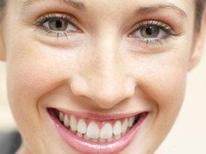 坏牙齿-坏牙不拔会有哪些危害?   1、损伤口腔黏膜   由病牙引起的、固定在一...
