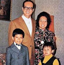 揭秘香港两大豪门传奇 一线女星争相嫁入 6