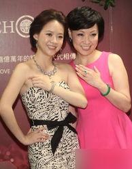 王美华三级-张柏芝霍汶希吴绮莉伊能静 盘点坚强的明星单身妈妈们