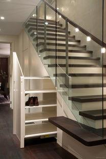 古朴文艺楼梯设计效果图