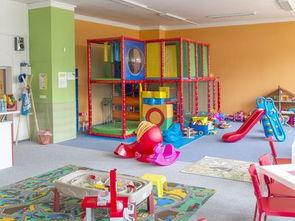 2017室内幼儿园滑梯图片 房天下装修效果图