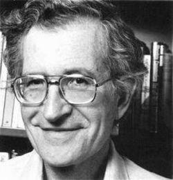 20世纪中叶,乔姆斯基带来了一场... 他的三本书《句法结构》、《句法...