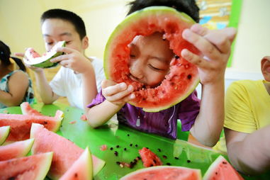 ...ete to eat watermelons to welcome autumn, which began on ...