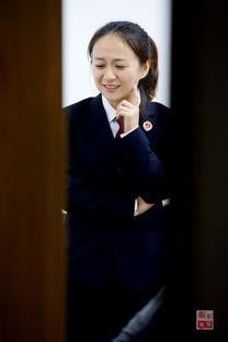 加贺美由贵第三诊察室-记者在采访中遇到一位