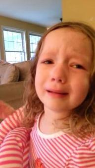 ava222-...已经去世后,小艾娃当即嚎啕大哭(视频截图)-美国小女孩想见开国...