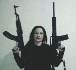 黑帮女老大残暴成性被男友举报被捕