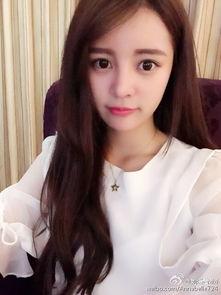 组图 21岁美女校花 长相甜美被网友称似韩星
