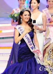 韩国小姐黄金三围比例征服全场