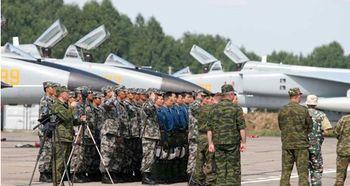 ...豹战机参加中俄和平使命联合军演-27日中俄联合军演大幕又将拉开 ...