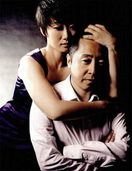 中国电影集体向好莱坞投降,沉沦于虚无缥缈的非现实主义题材的时候...
