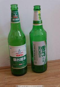 空啤酒瓶图片雪花90后女生用啤酒瓶自 一箱空啤酒瓶图片 空啤酒瓶真...