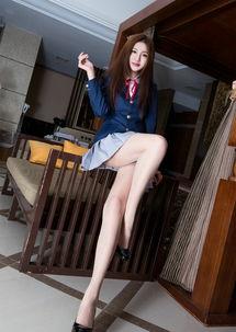 清纯性感学生妹办公室性感高跟肉丝妩媚调情丝袜美腿人体艺术大长...