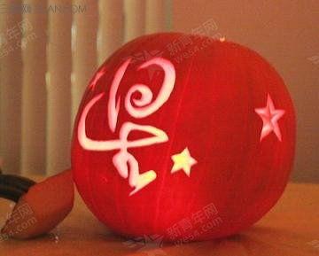 如何制作精美的万圣节南瓜灯方法 图解