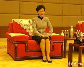 权绾a/川绾圭`璐村mx-她说,8年后,香港特区援建四川的工作即将结束,如果给这8年的工作...