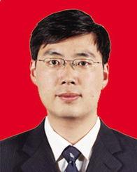 6年10月生,朝鲜族,中共党员,在职研究生学历.曾任东北师范大学...