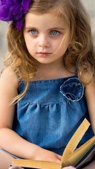 金发小萝莉手机壁纸