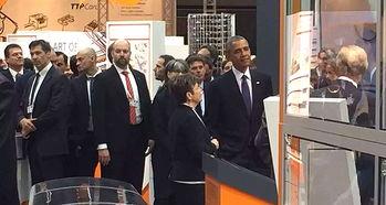 威工业博览会的主宾国是美国,所以奥巴马来了.   4月25日,奥巴马...