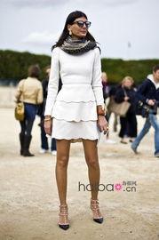 ...敦街头看潮人,有人赞有人叹.这回,我们又来到了时尚之都巴黎,...