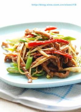 www.027EAT.com菜谱网向您介绍做姜爆肉丝需要的材料,为您提供姜...