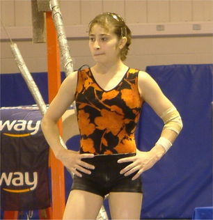 成人家庭做爱a片-...星 日本球员拍AV 体操名将当妓女