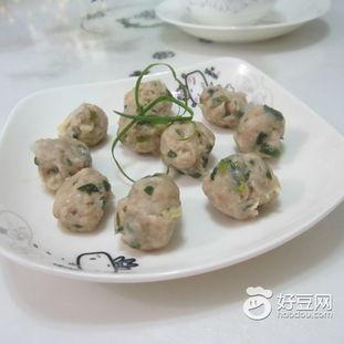 ...,香葱猪肉丸子怎么做好吃,香葱猪肉丸子的家常做法 水青青