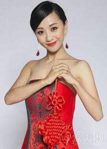扣阴道av视频- 杨蓉 白族 1993年,白族女星杨蓉被谢晋导演相中,开始学习表演....