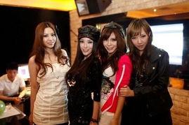 年仅20岁,在北京读书的她迅速蹿... 近期,参与江苏卫视大型时尚交友...