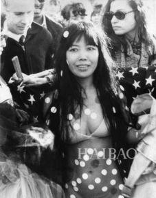 40年前,亚洲女子草间弥生成为纽约前卫艺术的先锋人物,影响力堪与...