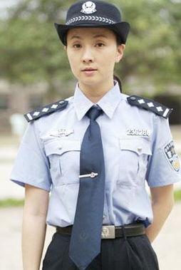 21位中国女星警花造型大比拼 组图