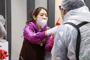 还有中国官吧上更新的一组照片也能看出,自打客串过《爱情的温度》...