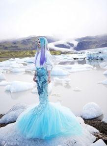 人与自然的英文-...MV首播 化身大自然女神穿越北极光