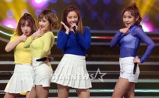 组图 韩女团sixbomb登台打歌 成员穿紧身透视装