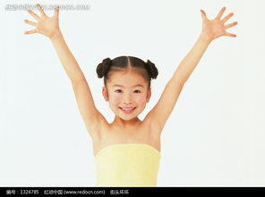 ...张开的微笑的小女孩图片 1324785