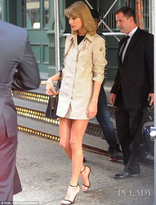 泰勒最新时尚街拍 大长腿永远看不够 组图