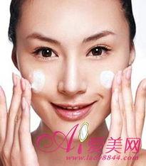安特疙瘩皮肤疣-护理痘痘肌肤的护肤方法 基础洁面很重要