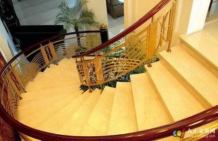 弧形楼梯怎么设计 弧形楼梯尺寸的计算方法