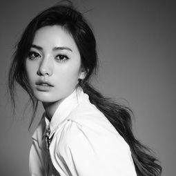2.亚洲第一美女 Clara-秒杀熟女魅力指数惊人的十大男星