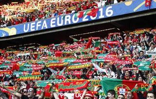 葡萄牙球迷梦回2004-欧洲杯 C罗点球中柱 进球无效 葡萄牙0 0奥地利...
