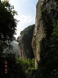 岖山路途中却能时时看到美景,难怪有