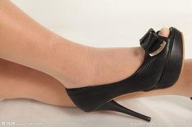 黑色高跟鞋丝袜玉足
