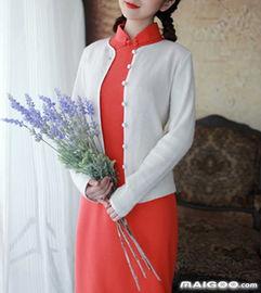 改良性感红色旗袍-秋季旗袍怎么搭配 秋款旗袍搭配技巧